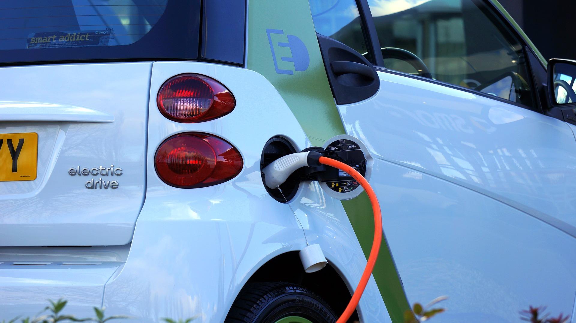 Cenifer curso vehiculo electrico