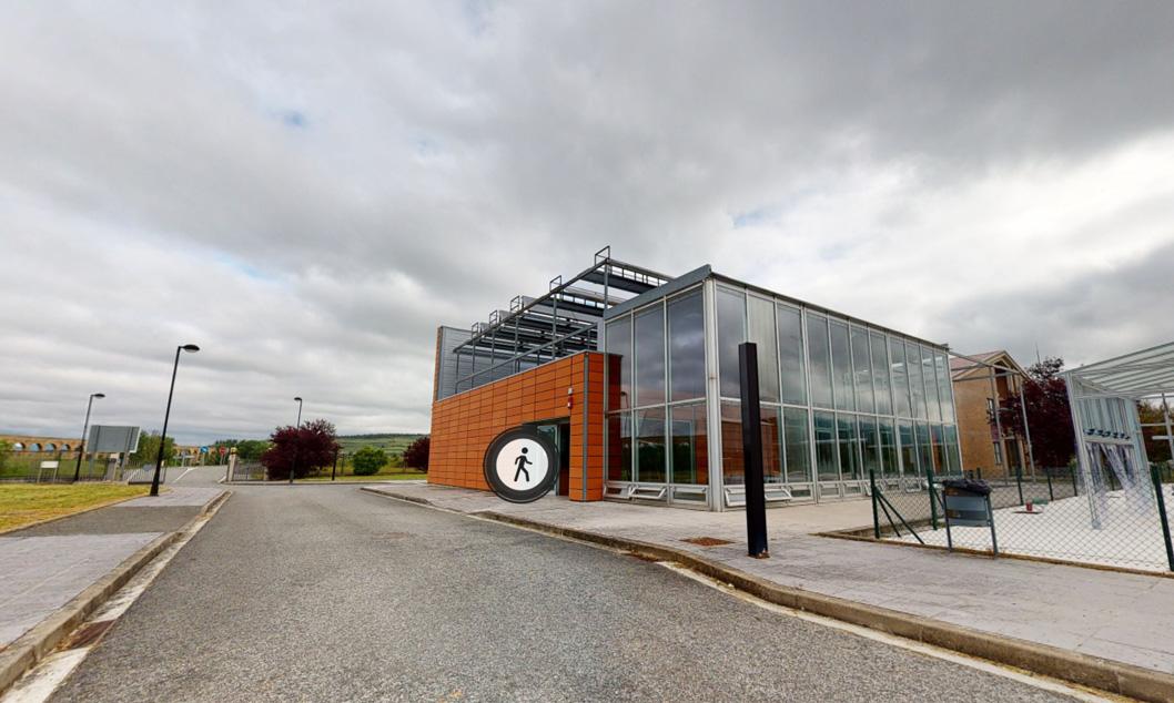 Cenifer Visita Edificio Bioclimático energias renovables